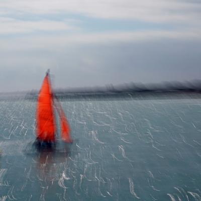 Le petit bateau rouge. Tirages disponibles