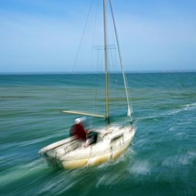 Saint-Vaast-la-Hougue. Promenade en bateau (2) tirages disponibles