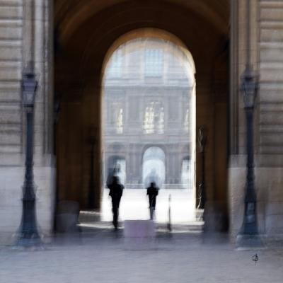 Paris. Les guichets du Louvre